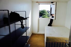 Spacious & Bright Double Room near Tufnell Park / Caledonian Road just 150 pw //203B