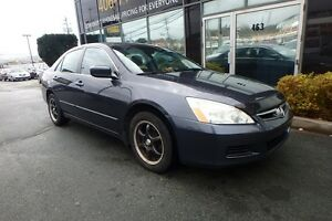 2007 Honda Accord SE AUTO WITH MOONROOF AND ALLOYS