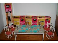 Vintage Pedigree SINDY Eastham E-Line Kitchen units and Dining Table with chairs and accessories