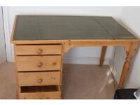 "Pine Desk Approx 4'(L) x 2'6"" (W) x2'6"" (H) (127x76x76 cm) with integral 4 draw unit 2' 6"" wide"