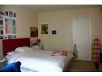 Spacious double bedroom in heart of Notting Hill