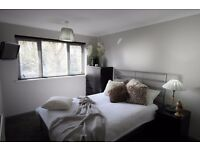 Beautiful Modern Double rooms to rent in newly renovated house in Crawley