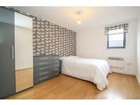 VERY LARGE DOUBLE ROOM WITH ENSUIT BATHROOM,ALL BILL INC,