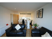 Luxury large TWo double bedroom apartment with spacious open plan fitted kitchen in Islington N1