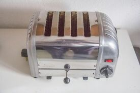 Dualit Classic Toaster.