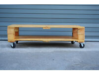 Reclimed Wood Pallet Coffee Table
