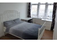 FOUR ROOMS TO RENT IN REEF HOUSE, E14