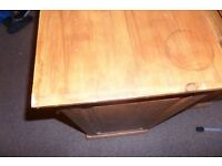 Used Garrat Shelf\Chest with 5 Drawers