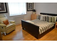 *High Spec Two Double Bedroom Apartment In Gated Community* Seconds Walk From Forest Hill Station!!