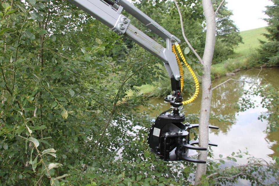 Fällgreifer Baumschere JAK 200 f. Forstkran Energieholzgreifer in Nittenau