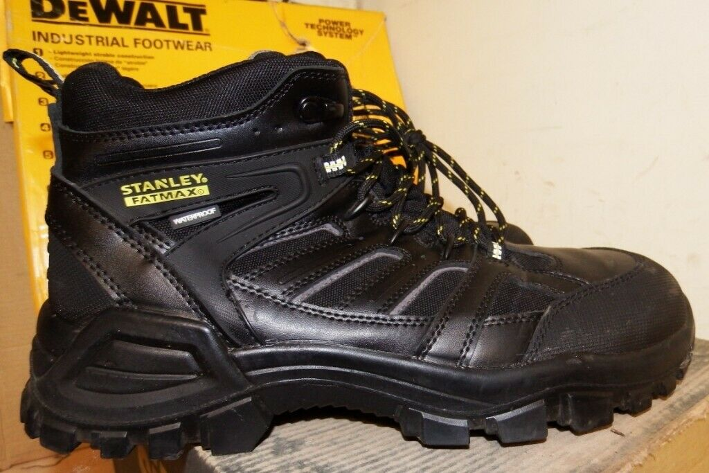 9bd5bbc5372 WORKWEAR CLEARANCE-LOW PRICES ON SAFETY BOOTS, PPE, WORKWEAR  CLOTHING-SITE-DEWALT-PORTWEST-SNICKERS | in Sandwell, West Midlands |  Gumtree