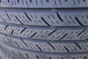 205 55 16 set of 4 tires continental, Used.