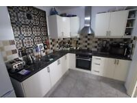 Stunning double room in Lordship Lane now available !!