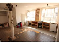 5 Large rooms to let- In Awesome HUGE Warehouse conversion in Stoke Newington! All Bills INC
