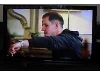 """40"""" SAMSUNG LE40A559P4F HD LCD TV WITH BUILT IN FREE VIEW IN GREAT CONDITION."""