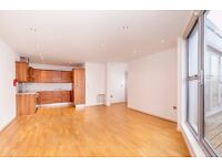 E1 ALDGATE EAST 3 BEDROOM 3 BATHROOM PENTHOUSE IN CONVERTED WAREHOUSE 7 MINS WALK TO STATION