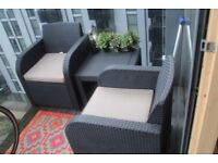 Garden/ Patio chairs and table
