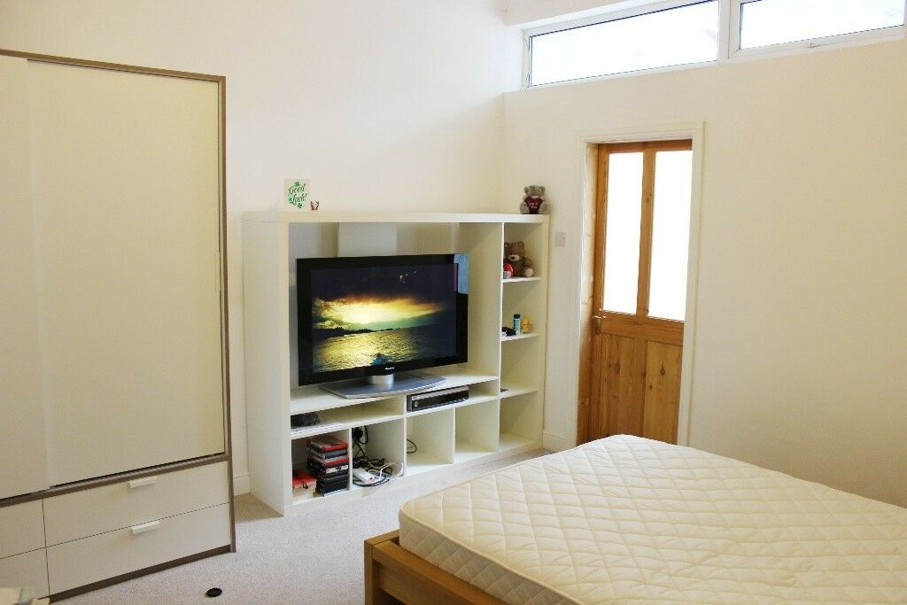 FEMALE PROFESSIONAL HOUSESHARE City Centre Rooms to rent until July 2018 - FROM £62PW