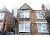 Fantastic huge 3 double bedroom garden flat in Bounds Green close to tube!