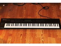 Roland D70 Super Synthesizer