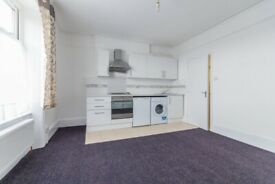 Lovely studio flat to rent in Streatham Hill. VIRTUAL VIEWINGS AVAILABLE.