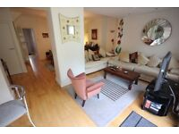 Large 3/4 bedroom extended family home 2 mins from Canons Park Station