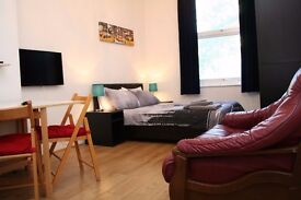 Lovely studio 3 min walk from Finchley Road station.