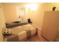 M/(76A1) HUGE TWIN ROOM IN ARCHWAY NEXT TO THE STATION ALL INCLUSIVE UNMISSABLE