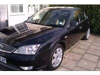 Ford Mondeo Ghia X 2.0 Petrol 2005 Good Condition Black with Beige Leather Interior