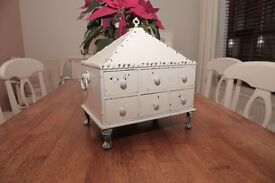 Handmade Vintage looking Casket/Trinket box/Jewellery Box.
