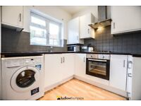 Ultra-Modern Top Spec Five Bedroom House Seconds From Streatham Common BR Station - SW16