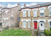 Great studio flat to let in Gipsy Hill/Crystal Palace. Furnished. Available mid September.