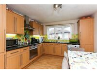 STUNNING TWO DOUBLE BEDROOM FLAT MUST BE SEEN