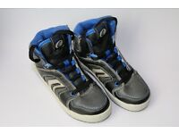 New Boy's GeoxJ Oracle G Trainers, size 12.5