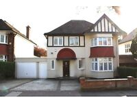 Superb detached recently refurbished 4 bedroom house! Moments from Hendon Central