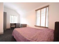 Safe area * Couples welcome - Low deposit