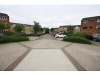 ONE BED SECOND FLOOR APARTMENT IN FELTHAM near to heathrow airport hanworth ashford stanwell staines