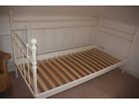 Single Day Bed