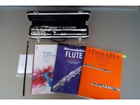 £150 package deal: Odyssey Debut C Flute Outfit+Strong fitting case+Cleaning set+3 flute music books