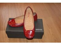 Red leather ballerina shoes by Kenneth Cole size 6