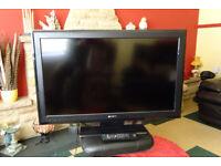 Sony Bravia KDL-37S55 (37inch) LCD Digital TV - Good Working Order