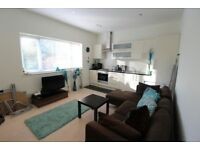 1 Bedroom Furnished Flat in Boscombe Manor, Near the beach!
