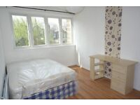 Lovely double room available now All Saints