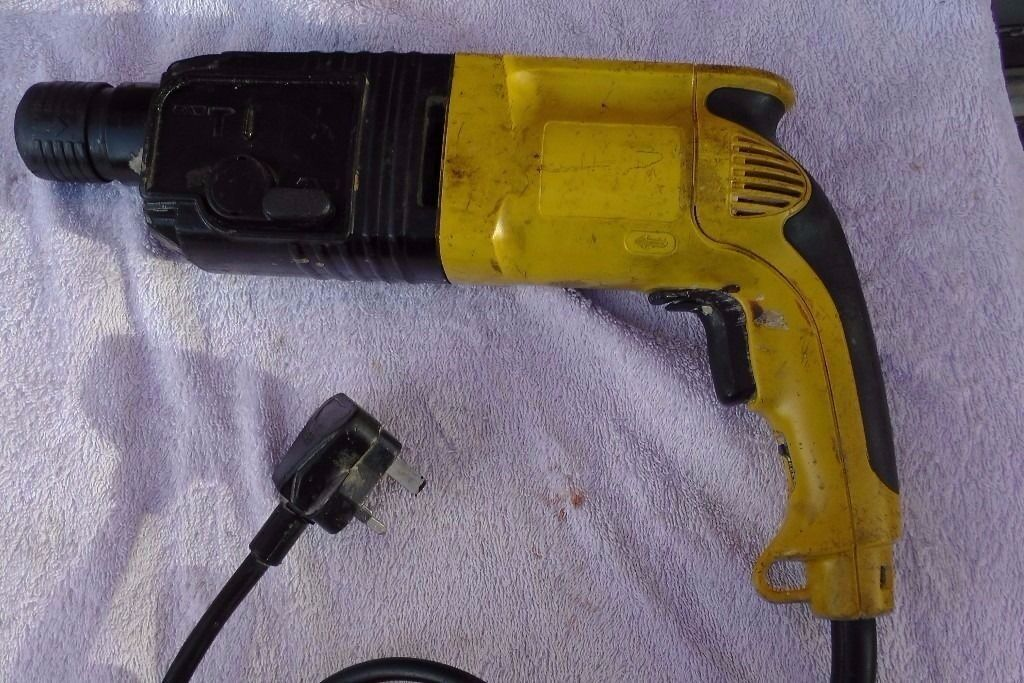 Dewalt DW563 Heavy Duty Hammer SDS Drill 230Vin Walton, MerseysideGumtree - Dewalt DW563 Heavy Duty Hammer SDS Drill 230V Used but in a good working condition