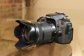 Canon EOS 70D (w) with EF-S 18 to 135 IS STM lens and accessories