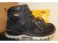 WORKWEAR CLEARANCE-USED CLOTHING AND SAFETY BOOTS-LOW PRICES-DEWALT-HYENA-SITE-WORKWEAR CLEARANCE