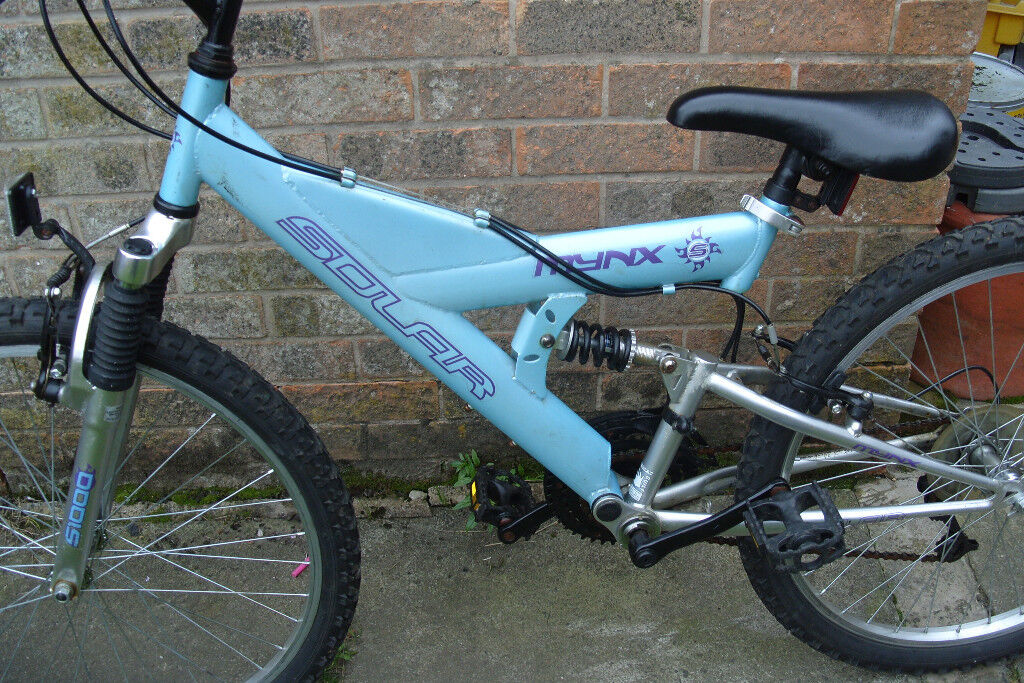 Girls used full suspension Mountain bike, Solar Minx brand, suit a 8 ...