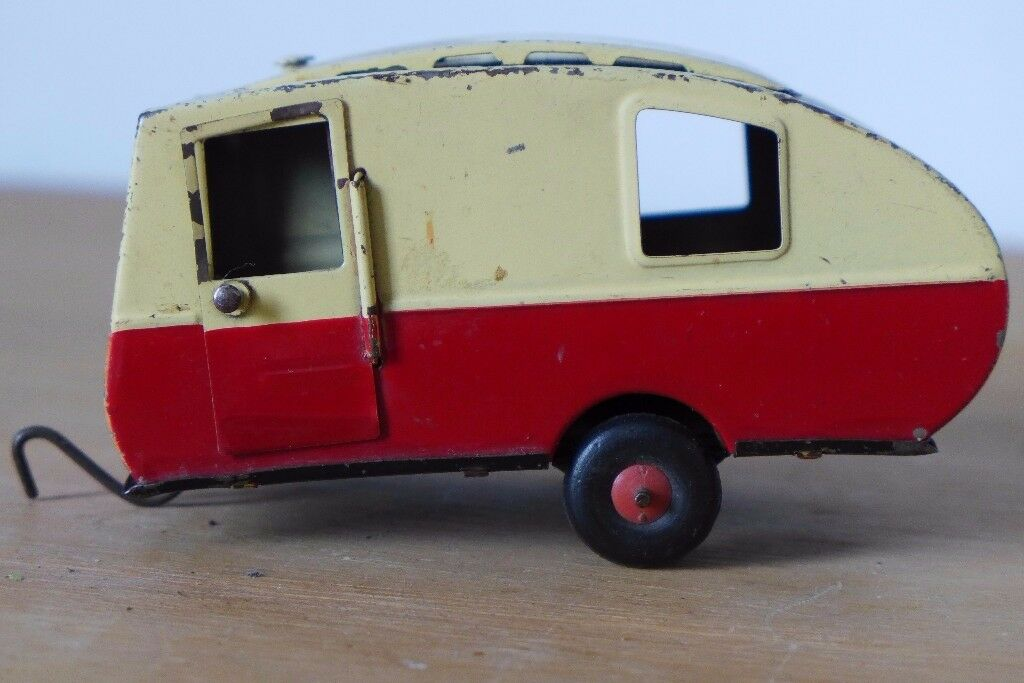 1950S Collectible: Vintage Tri-ang (Triang) Minic Toys Tin-Plate Caravan.