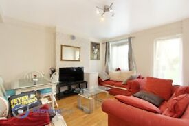 Spacious 2 bed purpose built flat in Tulse Hill.