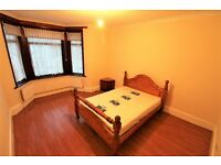 Excellent 2 bedrooms First Floor Flat INCLUSIVE OF COUNCIL TAX & Water Charges in Ilford--No DSS Plz